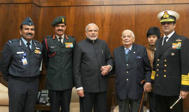 PM Modi with Chiefs