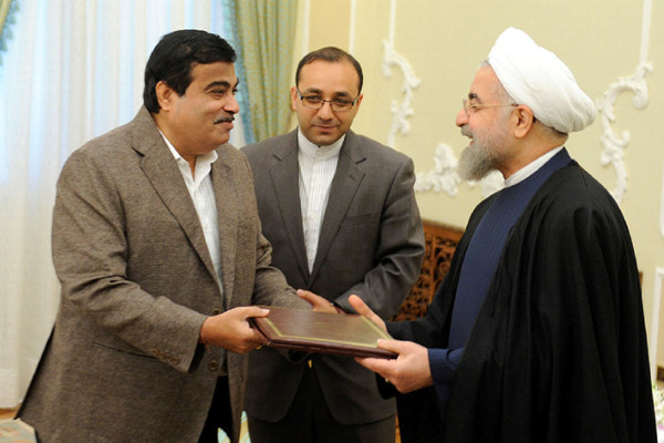 The Union Minister for Road Transport & Highways and Shipping, Shri Nitin Gadkari calling on the President of Iran, Dr. Mohsen Rouhani, in Tehran, during his visit to Iran from May 5-7, 2015.