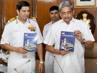 NAVY CNS DHOWAN BOOK STRATEGY IN 21ST CENTURY CDRS CONFERENCE 2015