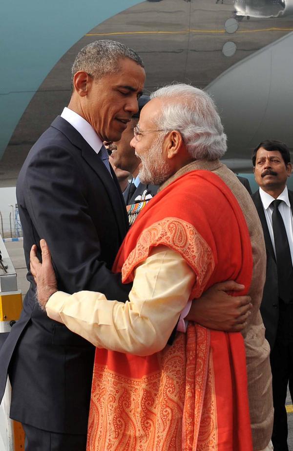 Modi Obama Hugging